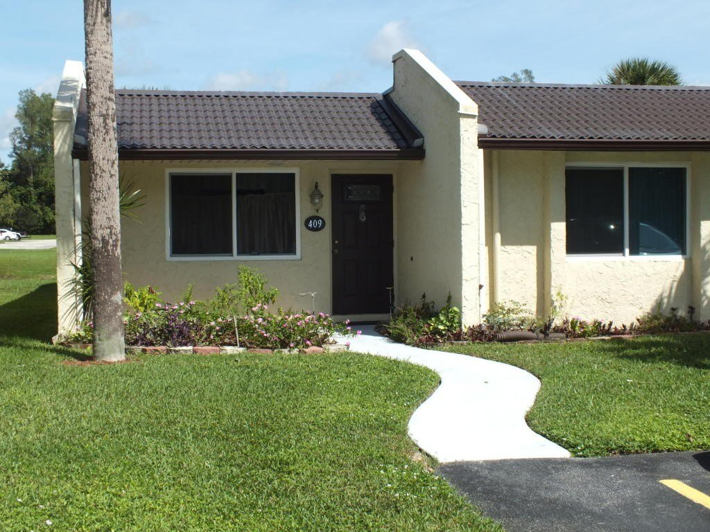 Best 409 Golden River Dr West Palm Beach Fl 33411 2 Bedroom With Pictures Original 1024 x 768