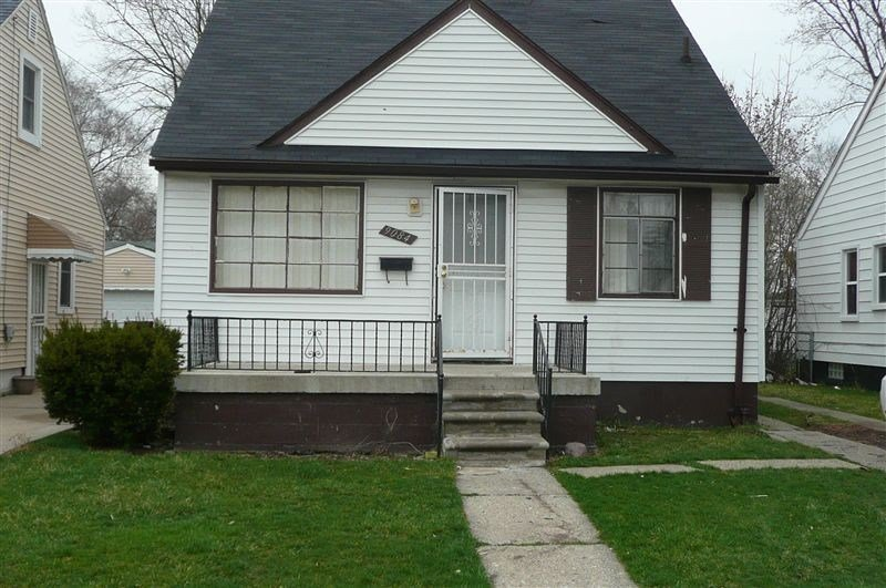 Best 9084 Auburn St Detroit Mi 48228 3 Bedroom House For Rent With Pictures