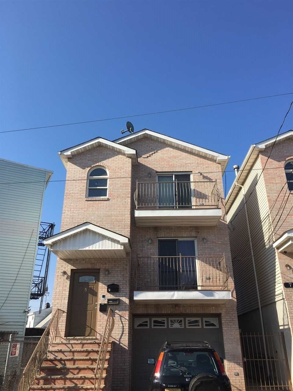 Best 5 Long St 1 Jersey City Nj 07305 3 Bedroom Apartment With Pictures