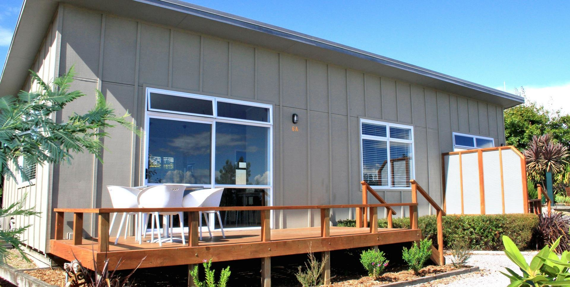Best Deluxe Three Bedroom Chalet At Taupo Debretts With Pictures