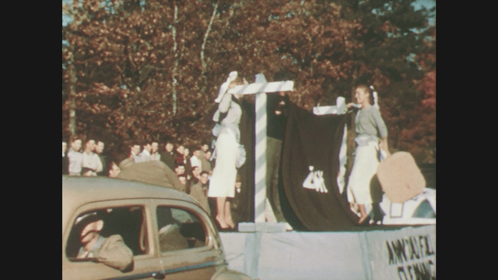 Best 1950S Women Sp*Nk Duke Devil With Paddles In Parade Men With Pictures