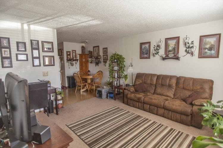 Best 2 Bed 1 Bath Apartment Jersey Meadows Elevate Living With Pictures