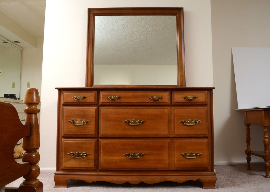 Best Sumter Cabinet Co Dresser And Mirror Ebth With Pictures
