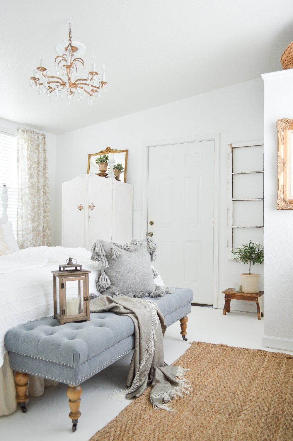 Best Vintage Cottage Guest Bedroom Makeover With Pictures
