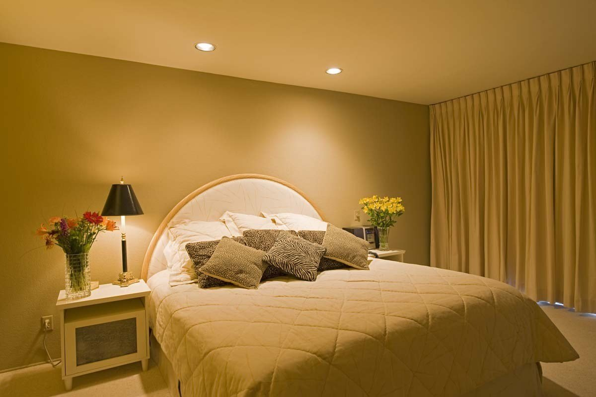Best Color For A Bedroom – Best Goose Down Comforter Reviews With Pictures