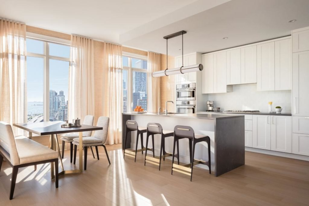 Best 4 Bedroom Luxury Apartments Near Downtown Chicago With Pictures