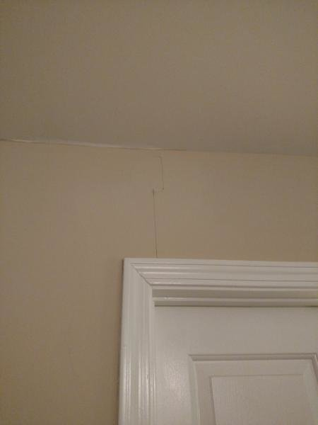 Best Help Repairing Vertically Cracked Peeling Drywall Paint With Pictures