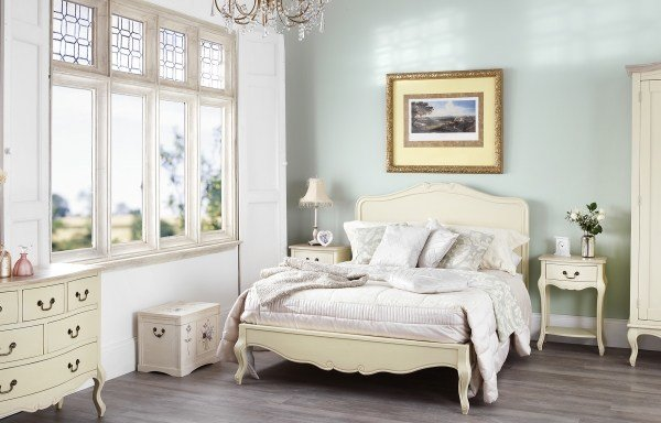 Best Shabby Chic Bedroom Collection With Pictures