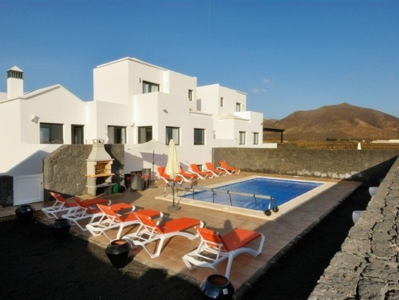 Best 5 Bedroom Villa Playa Blanca Lanzarote Sleeps 8 With Pictures