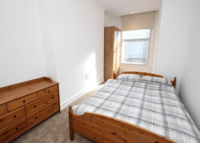 Best 2 Bedroom Quayside Apartment To Rent In Prime Location In With Pictures