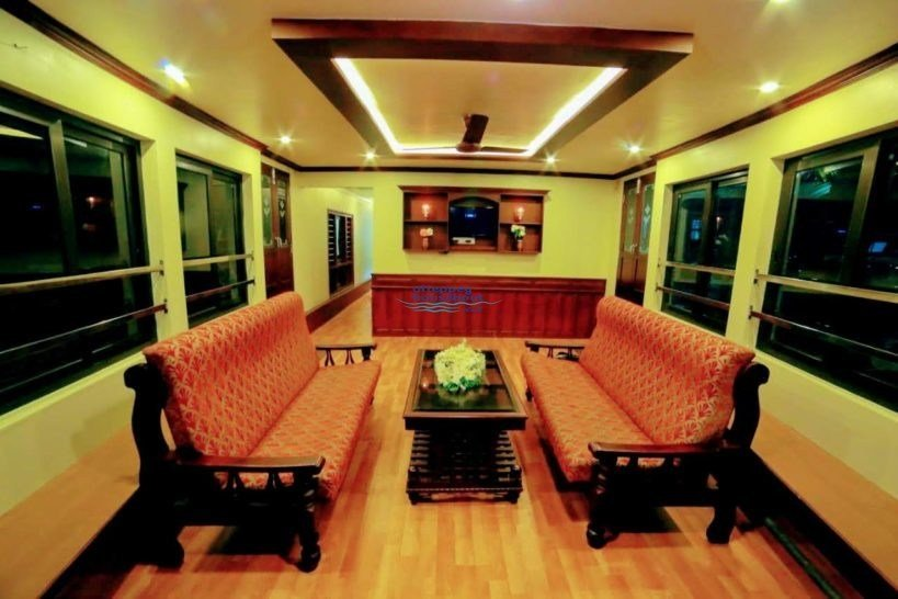 Best 5 Bedroom Super Deluxe Houseboat With Upperdeck Alleppey With Pictures