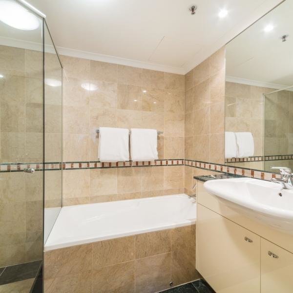 Best 2 Bedroom Executive Apartment In Sydney Cbd Elizabeth Street With Pictures