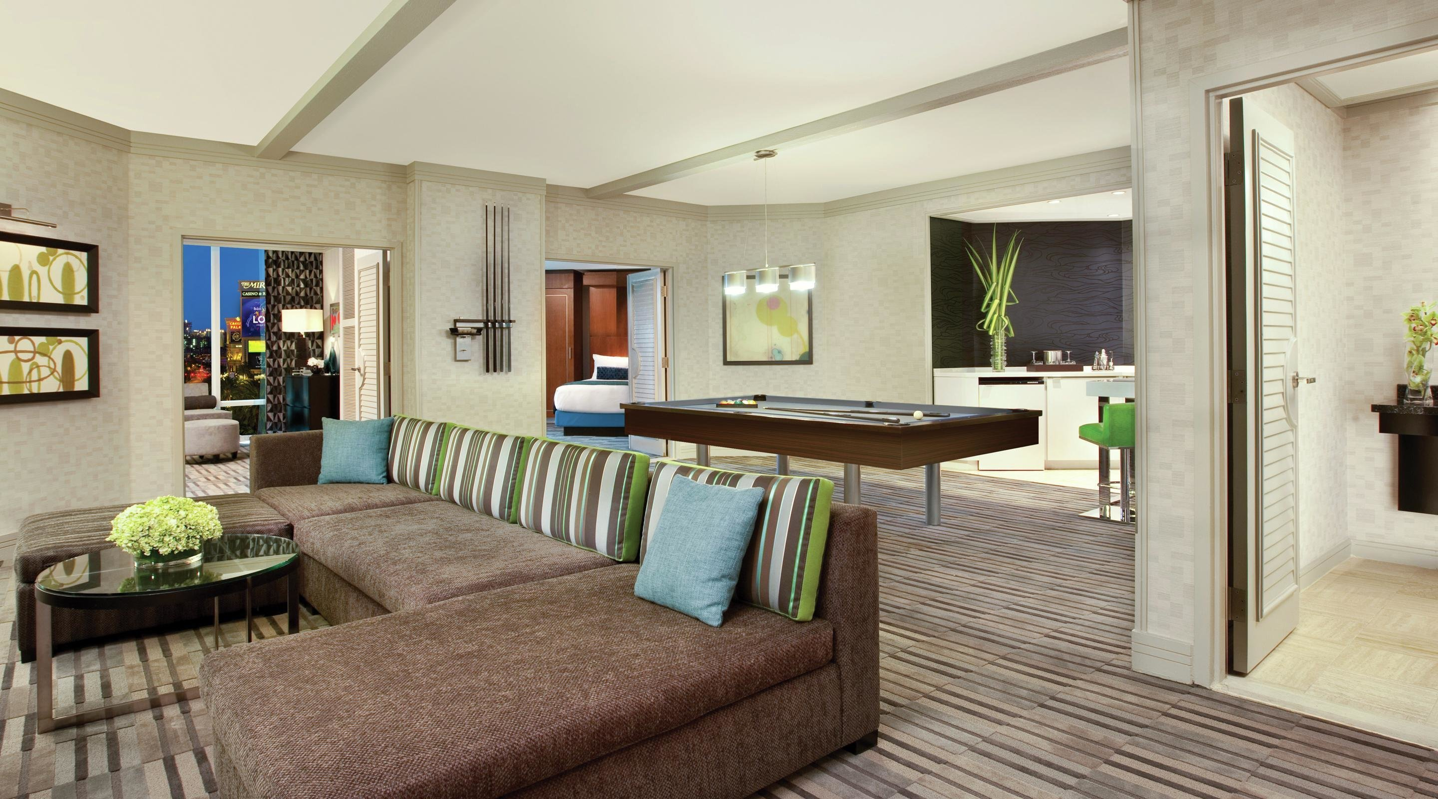Best 2 Bedroom Hospitality Suite The Mirage With Pictures
