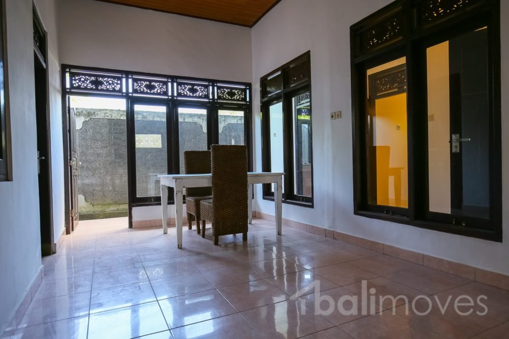 Best Cheap Local House With Three Bedroom Semi Furnished With Pictures