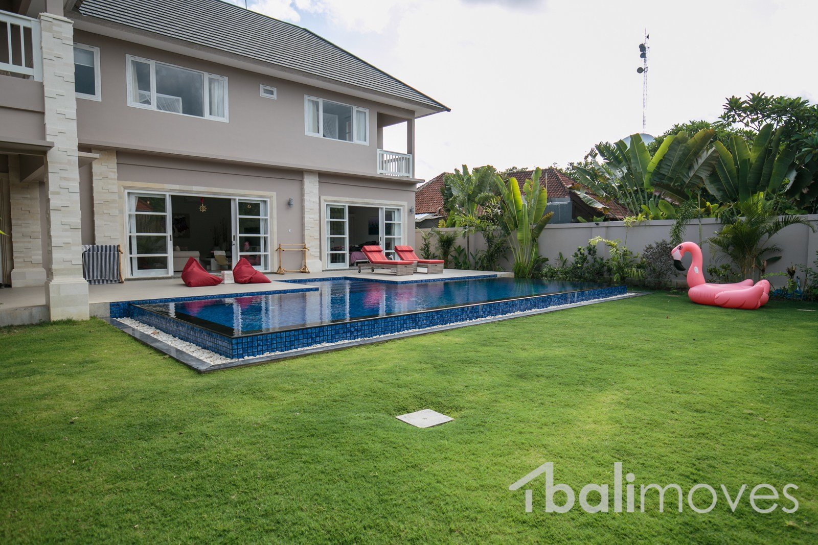 Best Beautiful Modern Four Bed Beachside Villa For Lease With Pictures