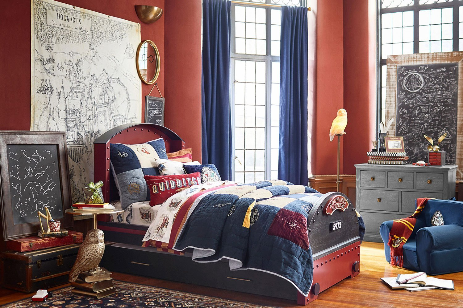 Best Transform Your Kid S Room With This Harry Potter Bedroom Collection Better Homes And Gardens With Pictures
