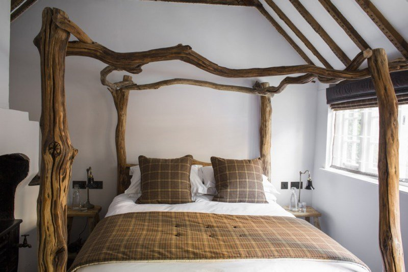 Best Rustic Oak Four Poster Tree Bed With Pictures
