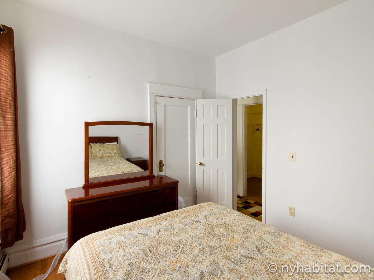Best New York Accommodation 2 Bedroom Apartment Rental In Bay With Pictures