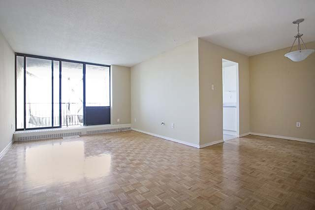Best 1 Bedroom Apartments For Rent Brampton At Knightsbridge Kings Cross Renterspages Com With Pictures