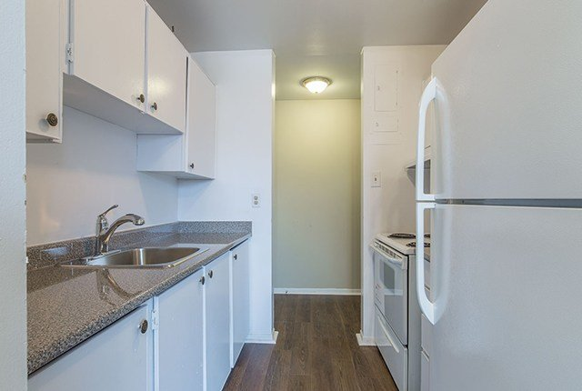 Best 1 Bedroom Apartments For Rent London At 181 183 Blackacres With Pictures