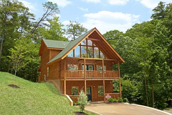 Best Pigeon Forge Cabin With Pool Access Cowboy Up With Pictures