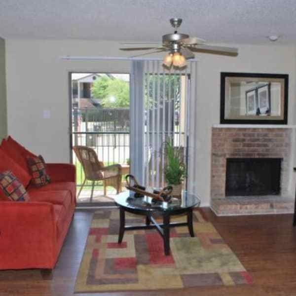Best Upgraded 1 2 Bedroom Apartments In Irving Tx With Pictures