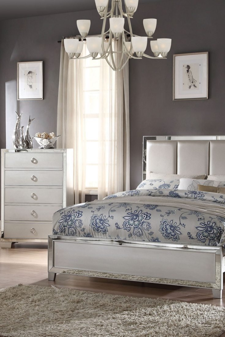 Best How To Arrange Furniture In A Bedroom Overstock Com With Pictures