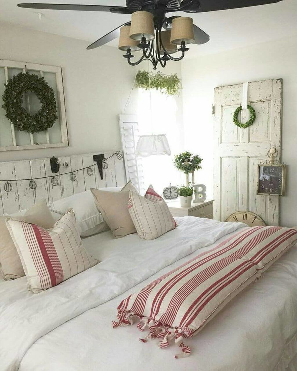 Best Red And White Country Bedroom Ideas Www Indiepedia Org With Pictures