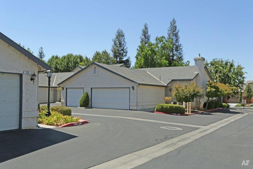 Best Country Club Estates Fresno Ca Apartment Finder With Pictures