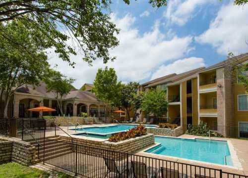 Best Austin Tx 1 Bedroom Apartments For Rent 1105 Apartments Rent Com® With Pictures
