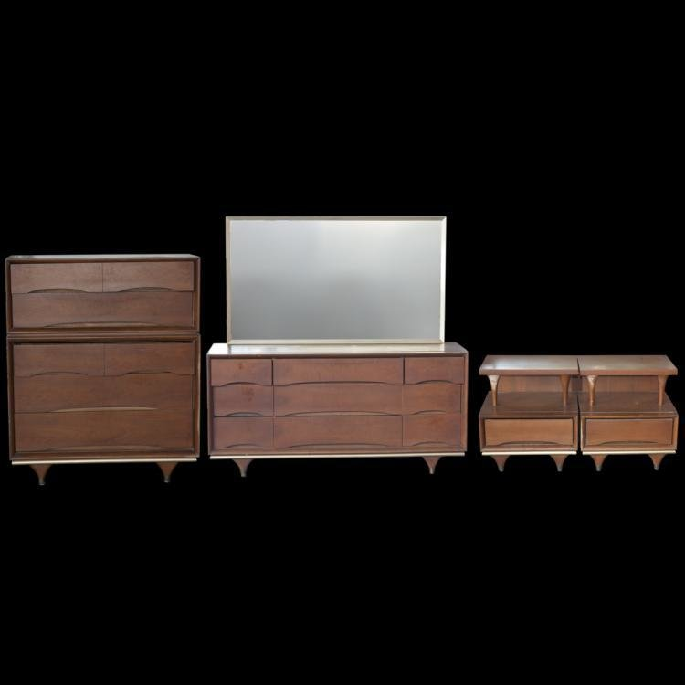 Best Kent Coffey The Elegante Walnut Bedroom Set With Pictures