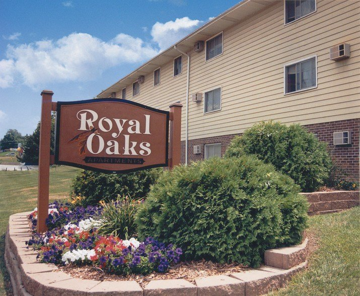 Best Royal Oaks Des Moines Ia Apartment Finder With Pictures