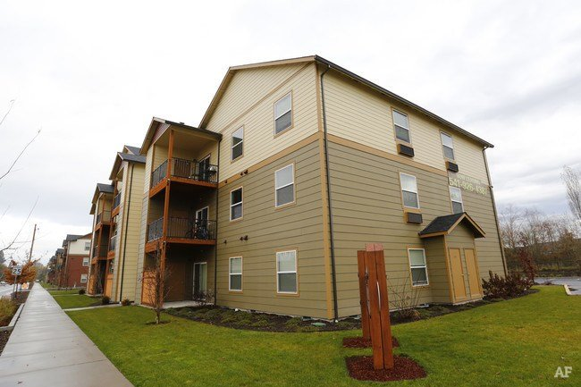 Best Riverbend Apartments Albany Or Apartment Finder With Pictures