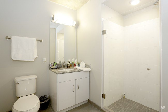 Best Here Apartments Champaign Il Apartment Finder With Pictures