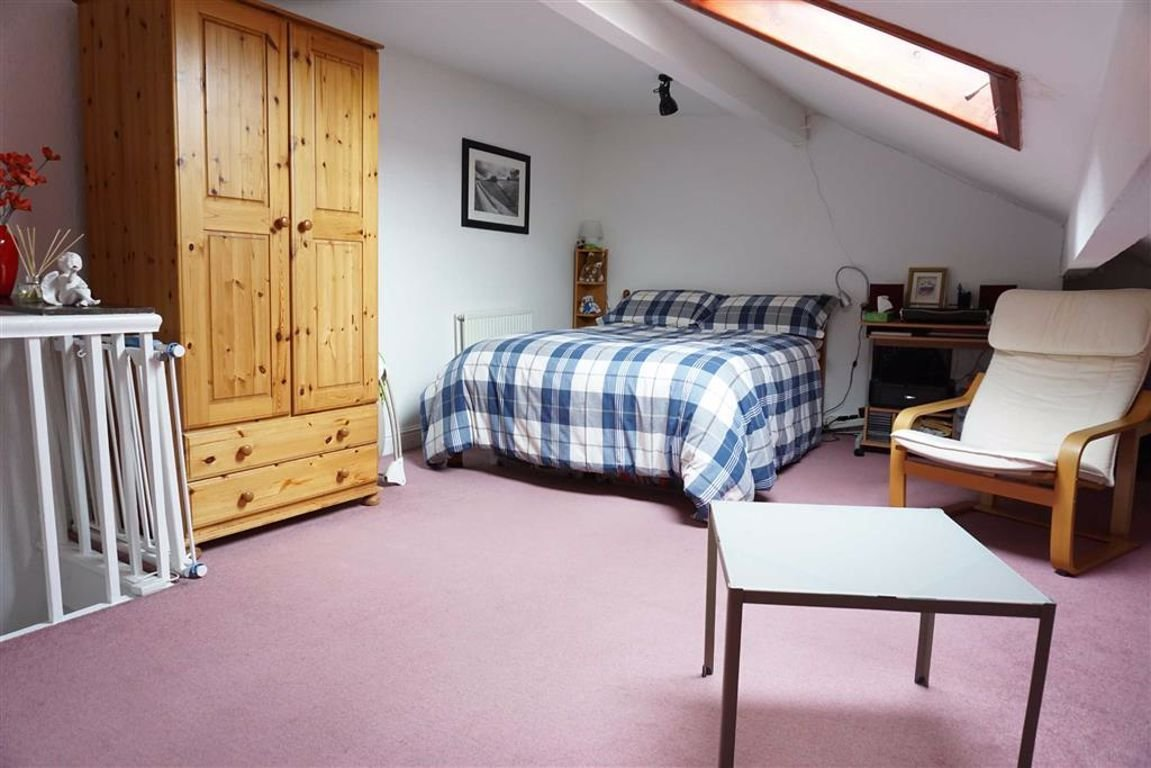 Best 2 Bedroom Terrace For Sale Warley Street Halifax With Pictures