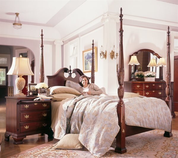 Best Kincaid Furniture Carriage House Broken Pediment Rice With Pictures