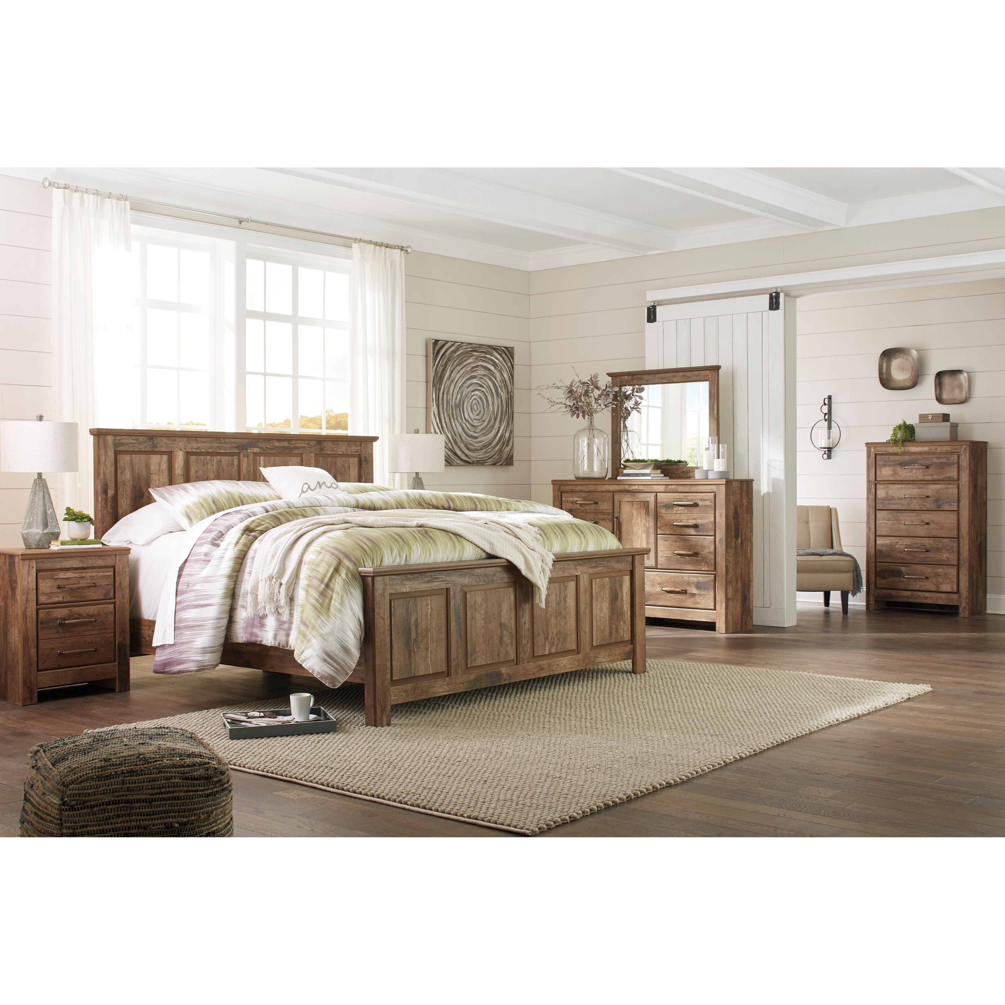 Best Signature Design By Ashley Blaneville Queen Bedroom Group With Pictures