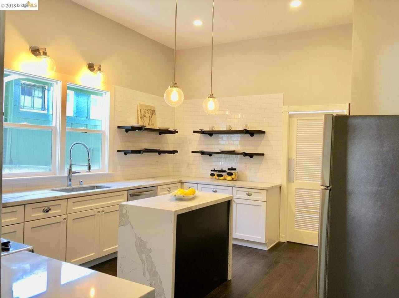 Best 11Th Wood 1 Bedroom Oakland Ca 94607 1 Bedroom House With Pictures