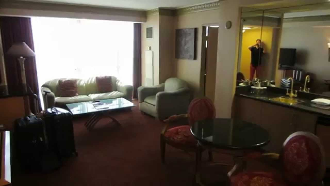 Best Luxor Tower Luxury Suite Las Vegas Youtube With Pictures