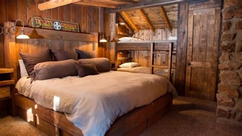 Best 80 Rustic Bedroom Wood Design Ideas 2017 Amazing Bedroom With Pictures