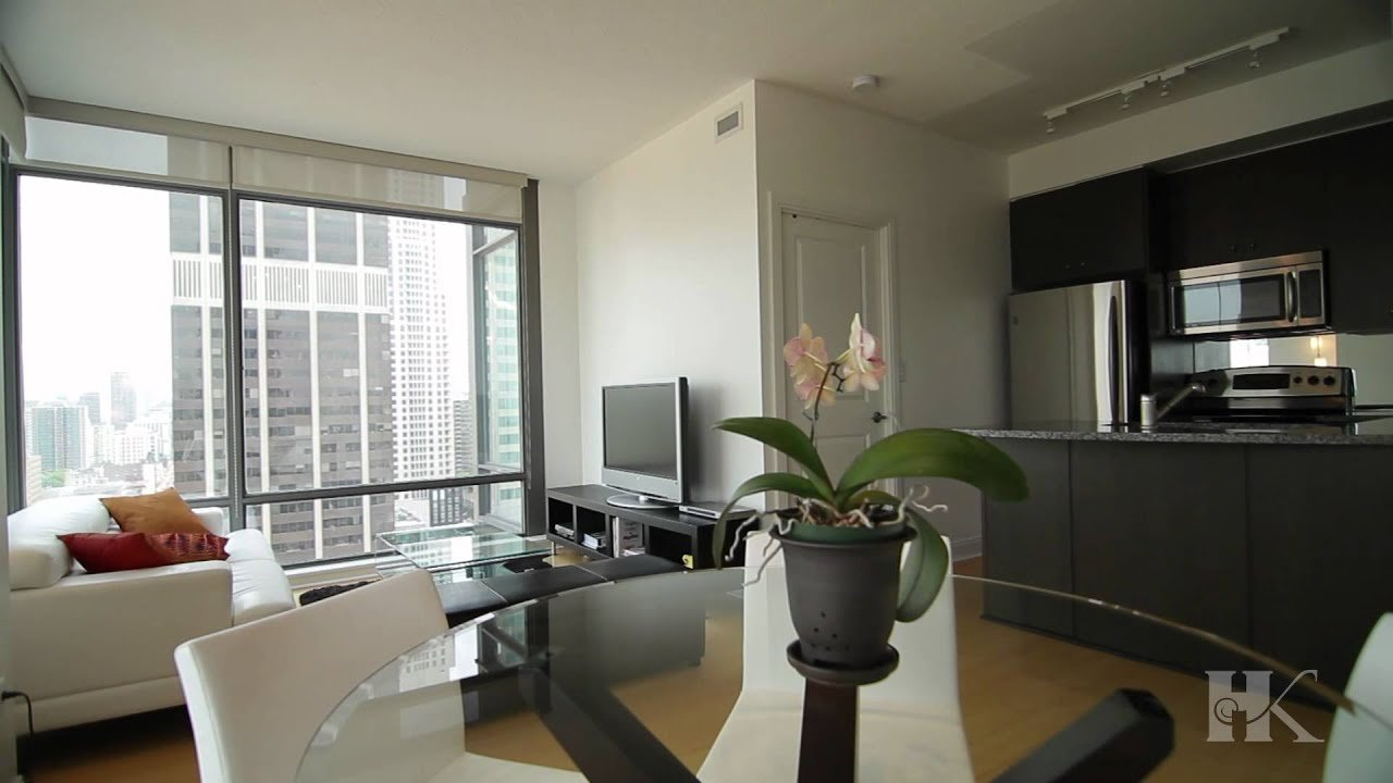 Best 18 Yorkville 1702 2 Bedroom Toronto Condo By Paul With Pictures
