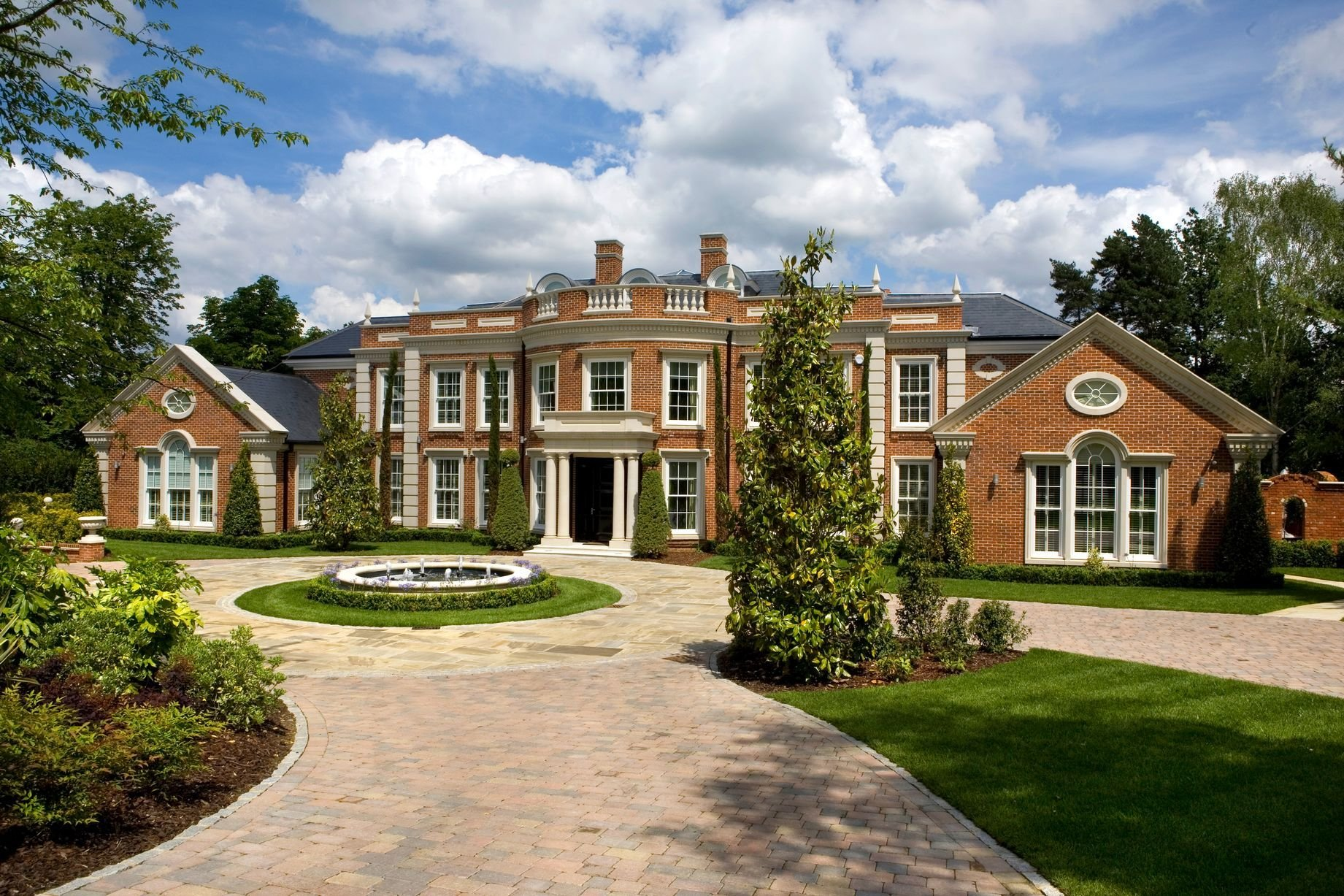 Best Seven Bedroom House To Rent Birdshill Road Oxshott With Pictures