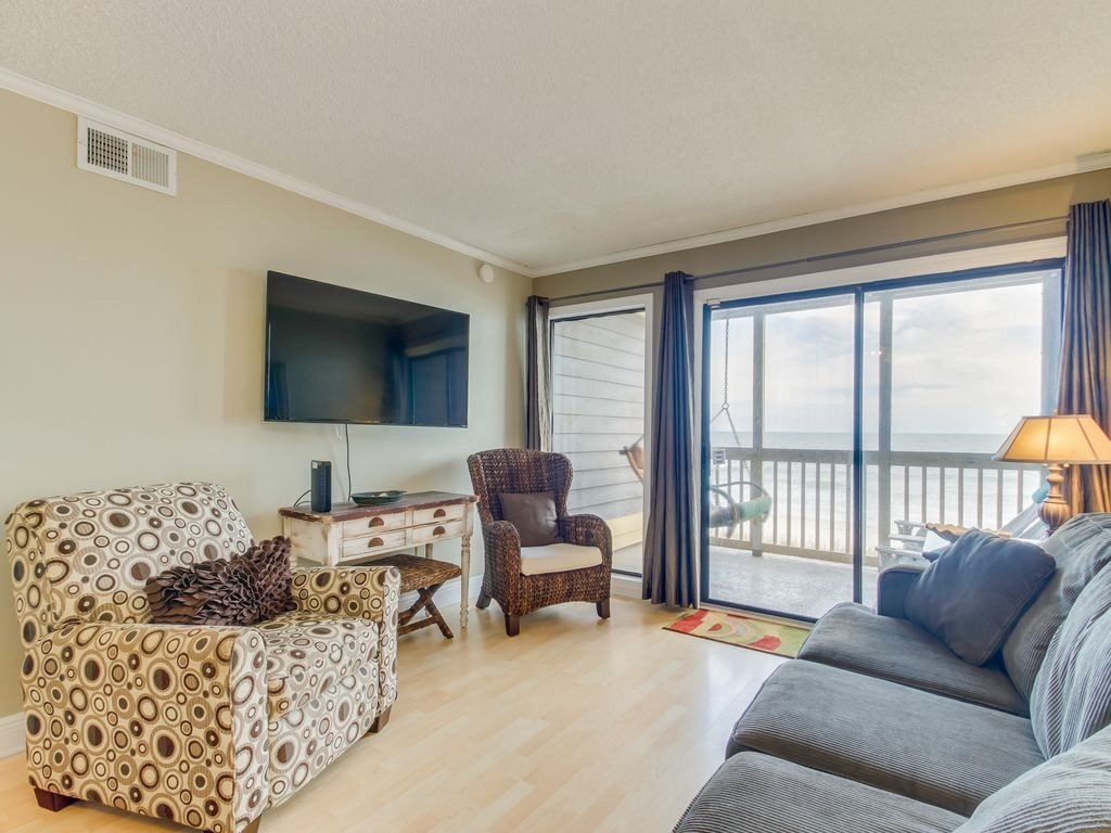 Best 2 Bedroom Oceanfront Condo North Myrtle Beach At Bedroom With Pictures