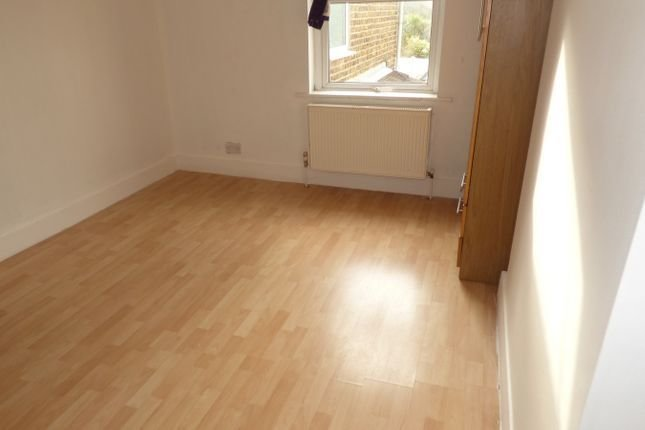 Best 2 Bedroom Flat To Rent 51521171 Primelocation With Pictures