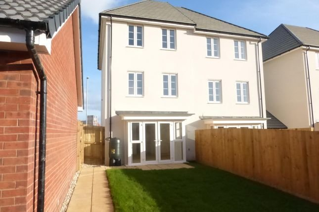 Best Newcourt Way Exeter Ex2 3 Bedroom Property To Rent With Pictures