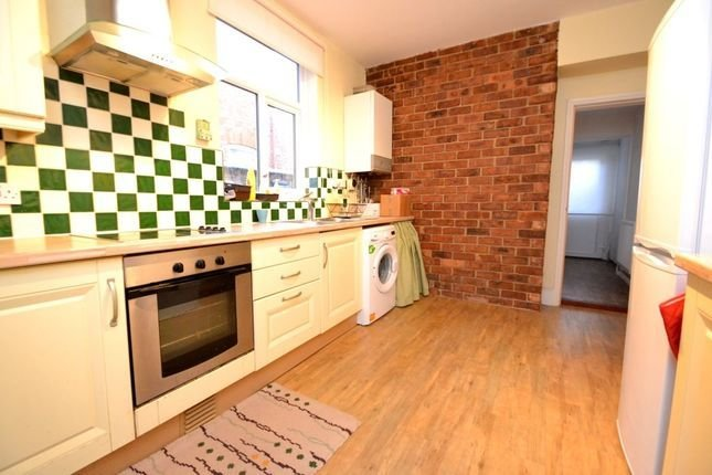 Best Balmoral Road Northampton Nn2 1 Bedroom Flat To Rent With Pictures