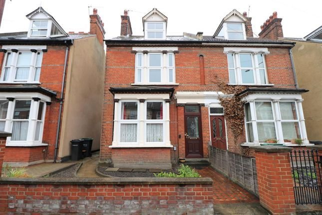 Best 3 Bedroom Houses To Buy In Gravesend Primelocation With Pictures
