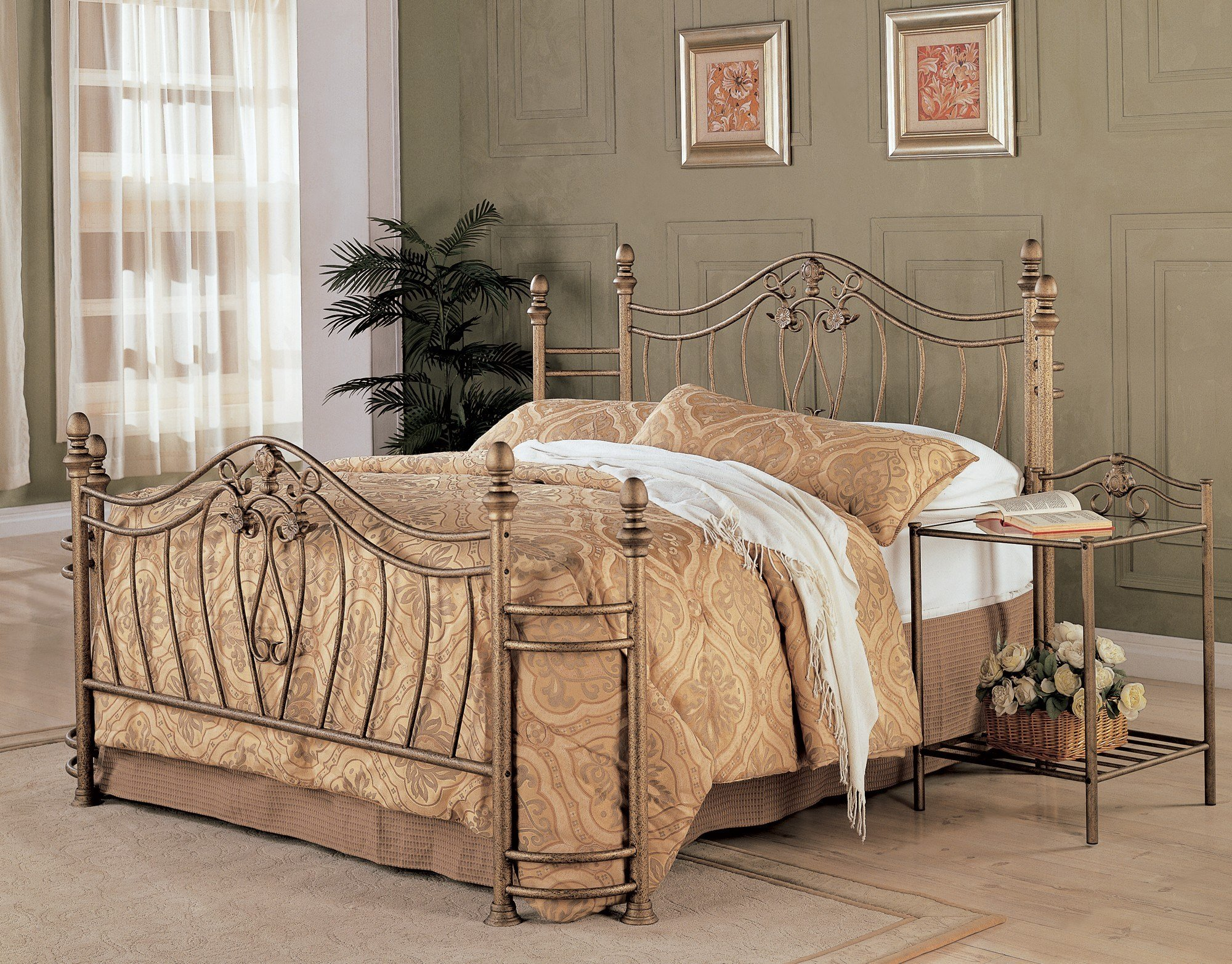 Best Sydney Antique Brushed Gold Bedroom Set From Coaster Coleman Furniture With Pictures