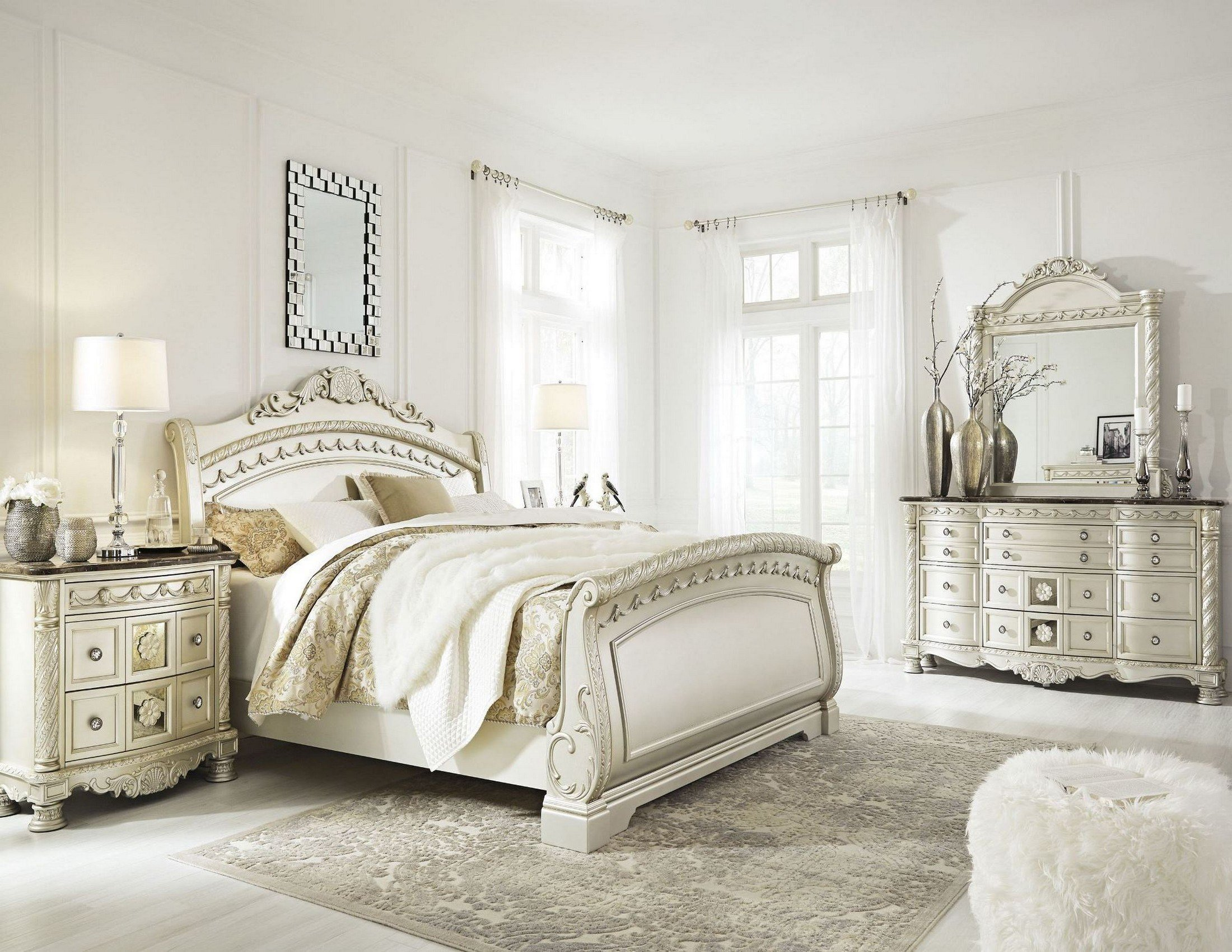 Best Cassimore North Shore Pearl Silver Sleigh Bedroom Set From With Pictures