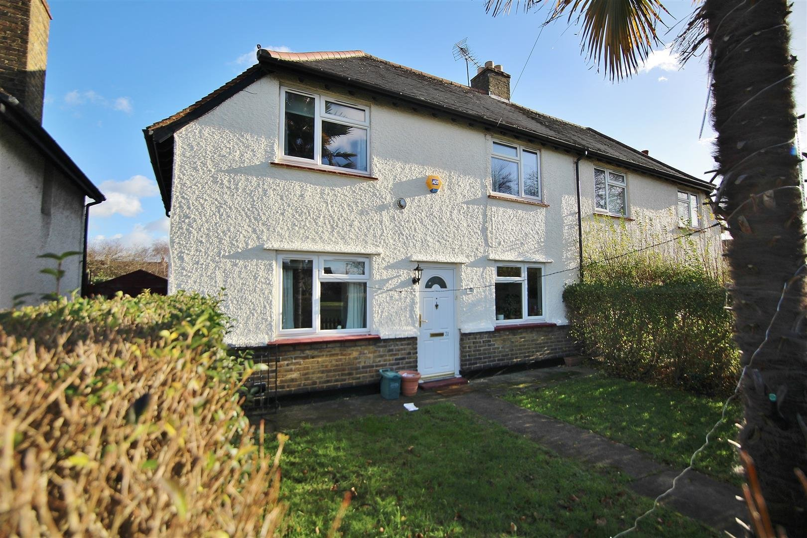 Best 3 Bedroom Semi Detached House For Sale In Worple Avenue With Pictures